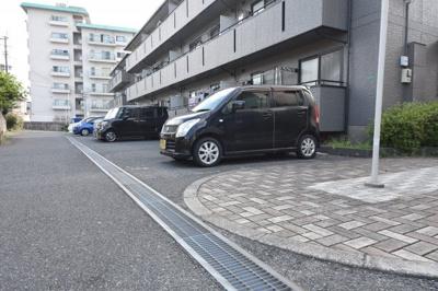 【駐車場】レスポワール赤坂 B棟
