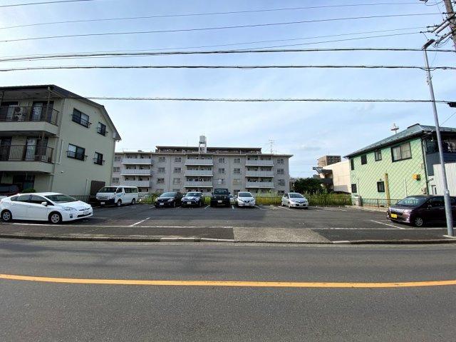 名古屋市昭和区台町2丁目に位置する月ぎめ駐車場になります