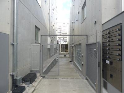 【エントランス】パセオ新宿3丁目Ⅰ【PASEO新宿3丁目Ⅰ】