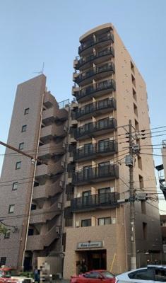 京急本線「梅屋敷」駅より徒歩5分の分譲賃貸マンションです。