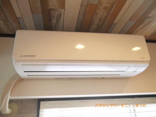 【冷暖房・空調設備】巣鴨日伸ハイツ