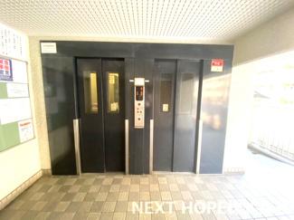 エレベーターは2基ございます♪
