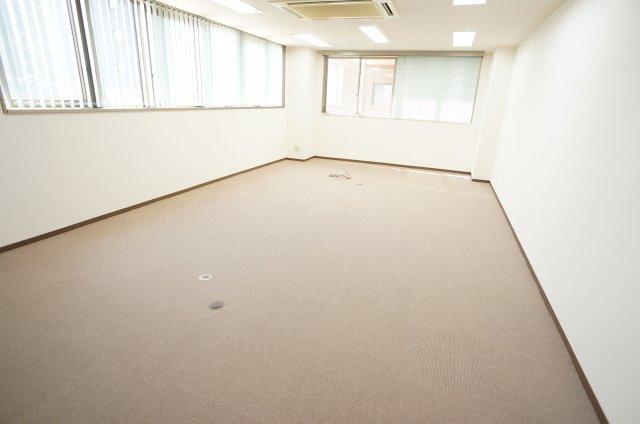 【洋室】オフィス万代