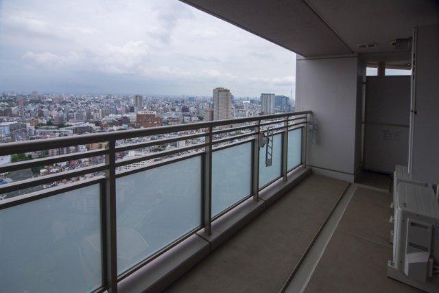 富久クロスコンフォートタワー:ワイドバルコニー画像です!