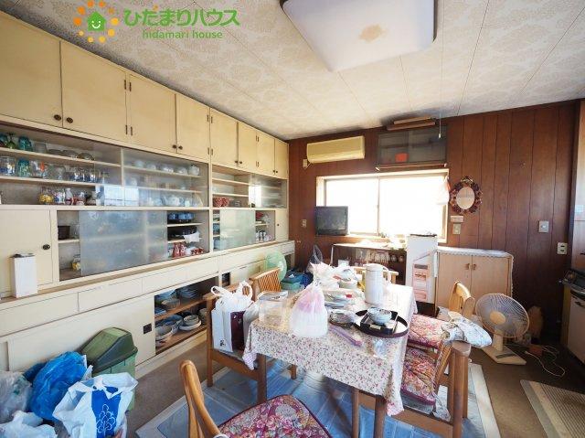 キッチンダイニングになってるので広々な空間を演出してくれます!