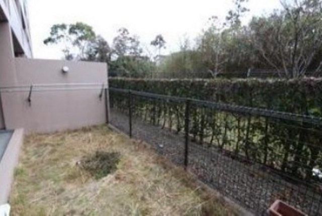 専用庭は、花や緑を飾る、オープンエアーリビングとして使う。暮らしに合わせて自由に利用できるスペースです。