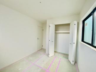 【玄関】新築分譲住宅 全3棟 中島 広々としたバルコニー