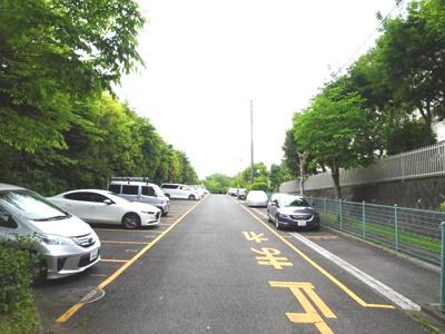 寺田団地駐車場