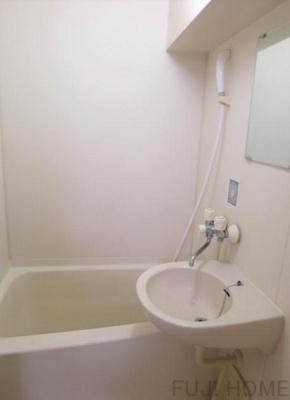 【浴室】ソレイユイワサキ