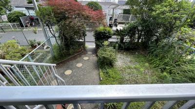 1階部分につき、専用の庭がございます。