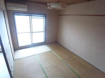 【寝室】ローレルハイツ三木2号棟