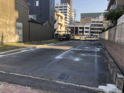 諏訪町駐車場Y1