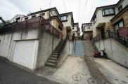 和田町駅徒歩13分の再生住宅!LDK18.3帖の3LDK♪保土ケ谷区仏向町 中古戸建ての画像