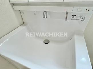 【独立洗面台】リーブルガーデン 宗像市自由ヶ丘第十三(1号棟)