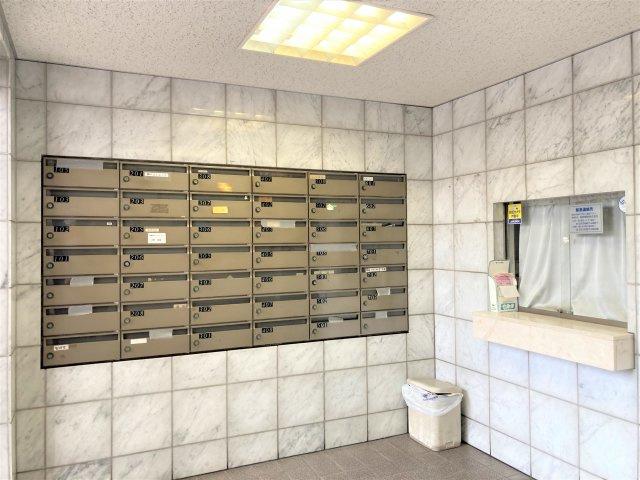 ◇Toilet◇冬の冷える寒い朝もほっと温かいシートが嬉しい。健康管理の空間として大切なトイレを清潔に保ってくれます。【現地(2021年4月)撮影】