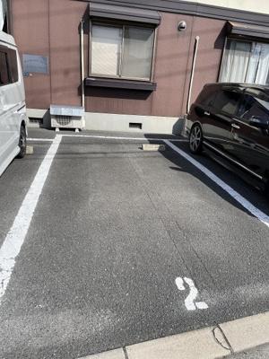 【駐車場】エレガンツァカーサ