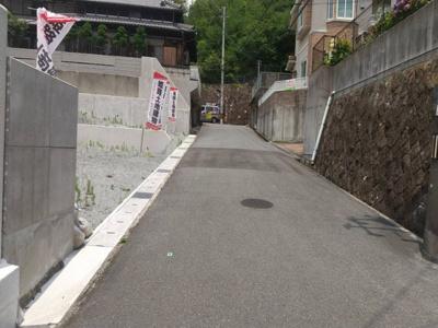 【前面道路含む現地写真】姫路市北新在家2丁目/2区画