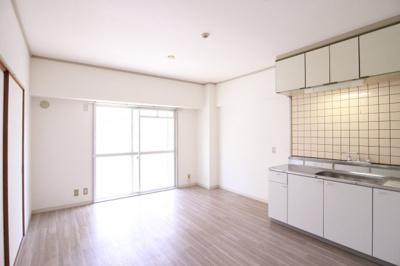 【居間・リビング】クボタ第3マンション