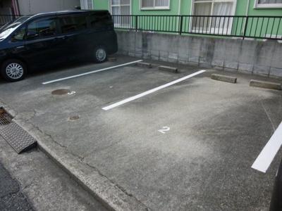 【駐車場】グリースハイム