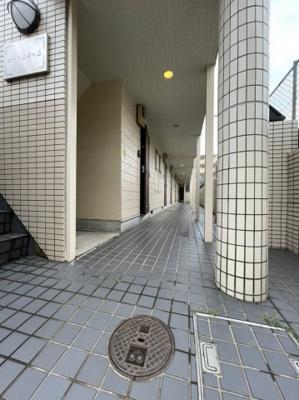 【エントランス】ローリエ霞ヶ丘