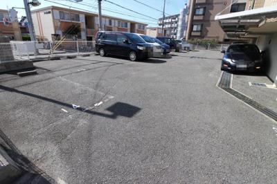 【駐車場】リバーサイドKANBEE