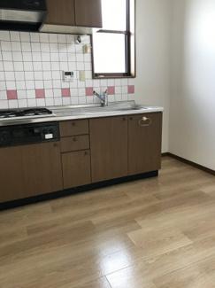 【キッチン】メゾネットハウスエムズⅠ