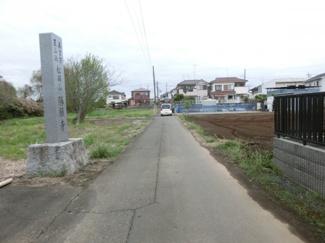 【前面道路含む現地写真】鴻巣市登戸の土地 C区画