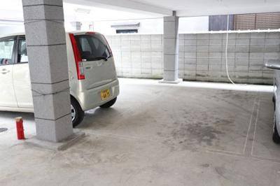 【駐車場】寿賀マンション㈱Roots