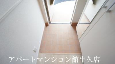 【玄関】ラッポルティⅡ