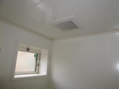 窓、換気扇