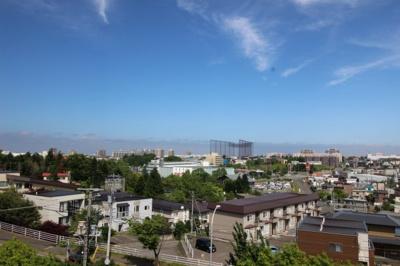 バルコニーから見える眺望がとても魅力的です。