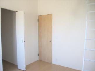 全居室には収納クローゼットを完備。季節物のお洋服などもしっかりと整理整頓出来きます♪