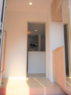 シューズインクローク付き玄関。玄関が綺麗に整頓されているかどうかで、その家の印象が決まります♪