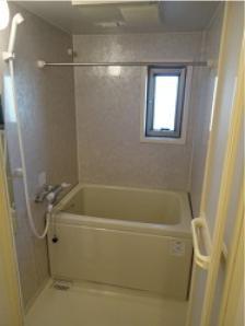 【浴室】ハイコートマルヴェリー