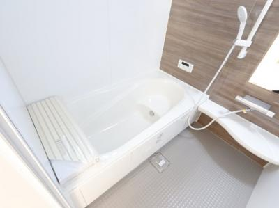 ゆったり過ごせるお風呂です:建物完成しました♪♪毎週末オープンハウス開催♪吉川新築ナビで検索♪