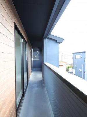 広々としたバルコニーです:建物完成しました♪♪毎週末オープンハウス開催♪吉川新築ナビで検索♪