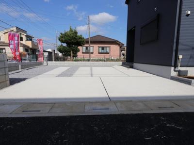 駐車場があるので、車を買う予定の方も安心です:建物完成しました♪♪毎週末オープンハウス開催♪吉川新築ナビで検索♪