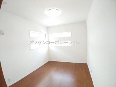 【洋室】タマタウン 加東家原 2号地 ~新築一戸建て~