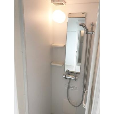 シャワールーム・トイレ別☆