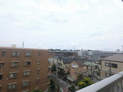 3階部分からの眺望です。 前面に建物がなく開放感◎
