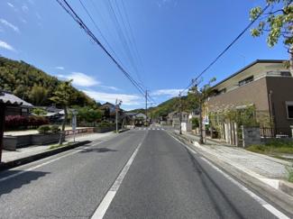 【前面道路含む現地写真】近江八幡市西元町 3号地 売土地