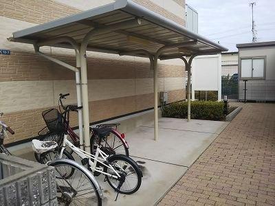 自転車置き場は無料でご利用いただけます。