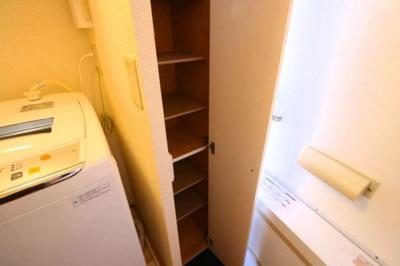 シューズボックスも付いて玄関もすっきりです。