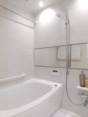 【浴室】アシェール上野北 5階 角 部屋 リ ノベーション済 1999年築