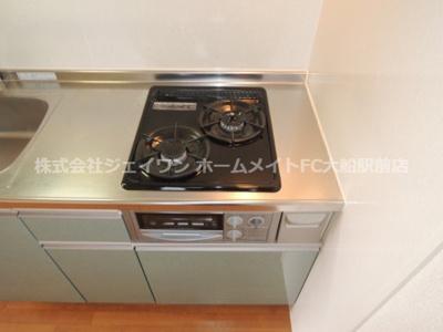 【キッチン】ウエスト・ベルグ鎌倉C