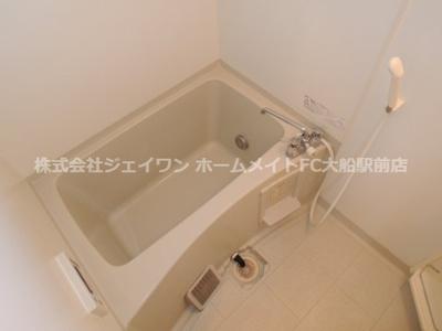 【浴室】ウエスト・ベルグ鎌倉C