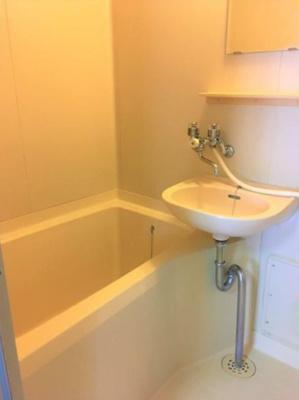 【浴室】コートヤードハウス(Courtyard House)