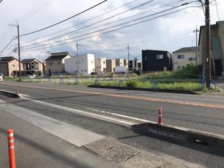 【前面道路含む現地写真】守山市水保町 売土地