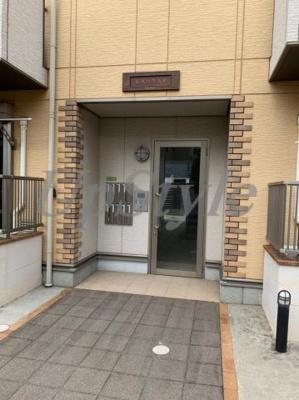 【エントランス】ケーエヌハウス五反野B