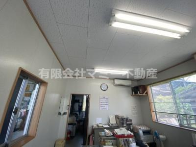 【設備】菰野町事務所付倉庫